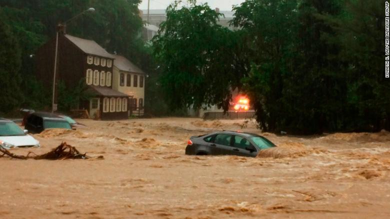 Flash flood (Kenneth K Lam | The Baltimore Sun via AP)